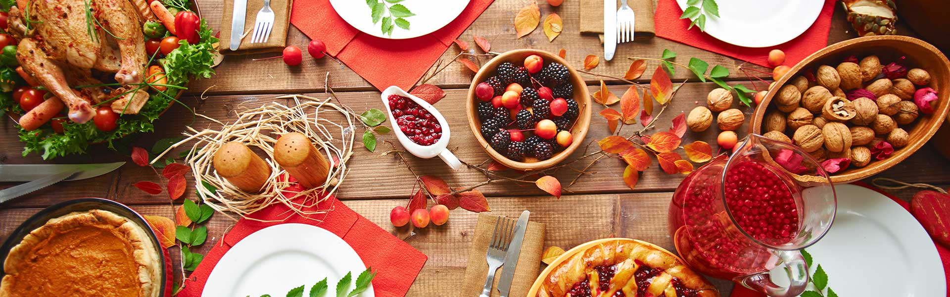 https://thefrenchgourmet.com/wp-content/uploads/2018/02/holiday-catering-thanksgiving-setup.jpg