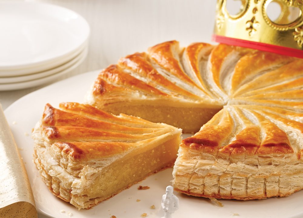 https://thefrenchgourmet.com/wp-content/uploads/2020/12/galettes-des-rois-1000x720.jpeg