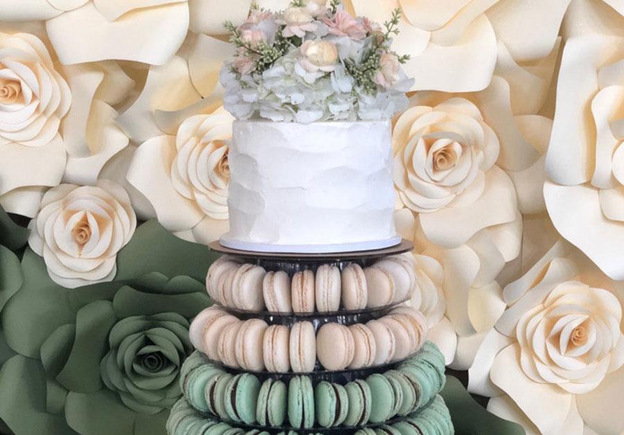 wedding cake flavors all around