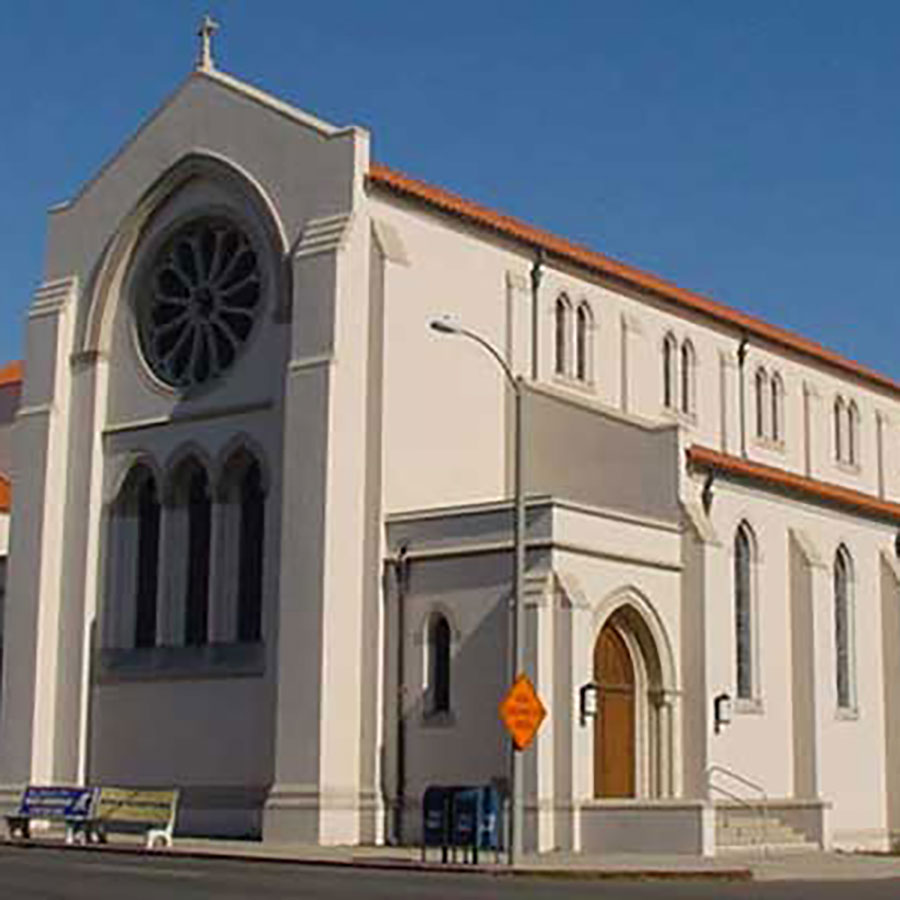 https://thefrenchgourmet.com/wp-content/uploads/2021/07/st-pauls-cathedral-san-diego.jpg
